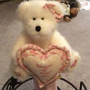 Boyd's Bear Breast Cancer Awareness